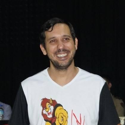 Júlio Fernandes
